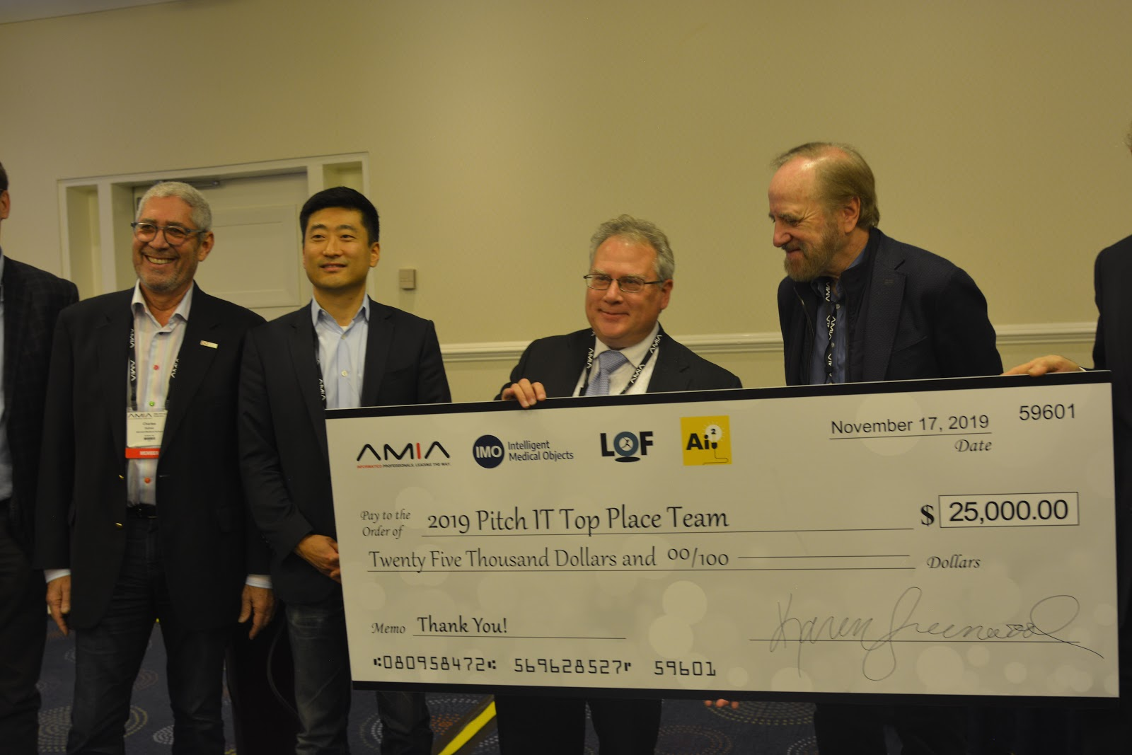 iRxReminder wins AMIA 2019 PitchIT contest in Washington DC