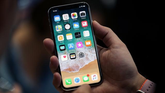 Top 4 địa chỉ thay màn hình iPhone X uy tín nhất