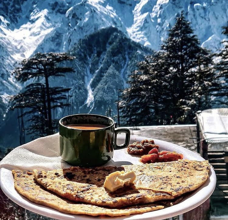 breakfast and mountains