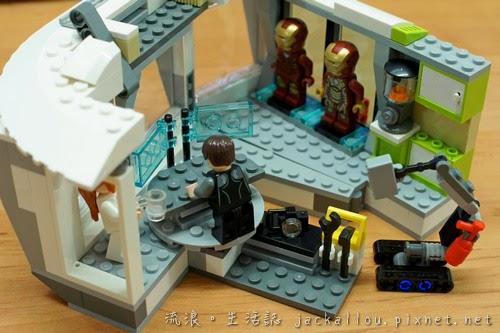20140625 LEGO 76007(blog)-04.JPG