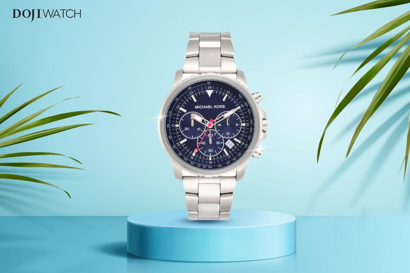 A picture containing watch, palmDescription automatically generated