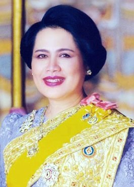 Queen-Sirikit.jpg