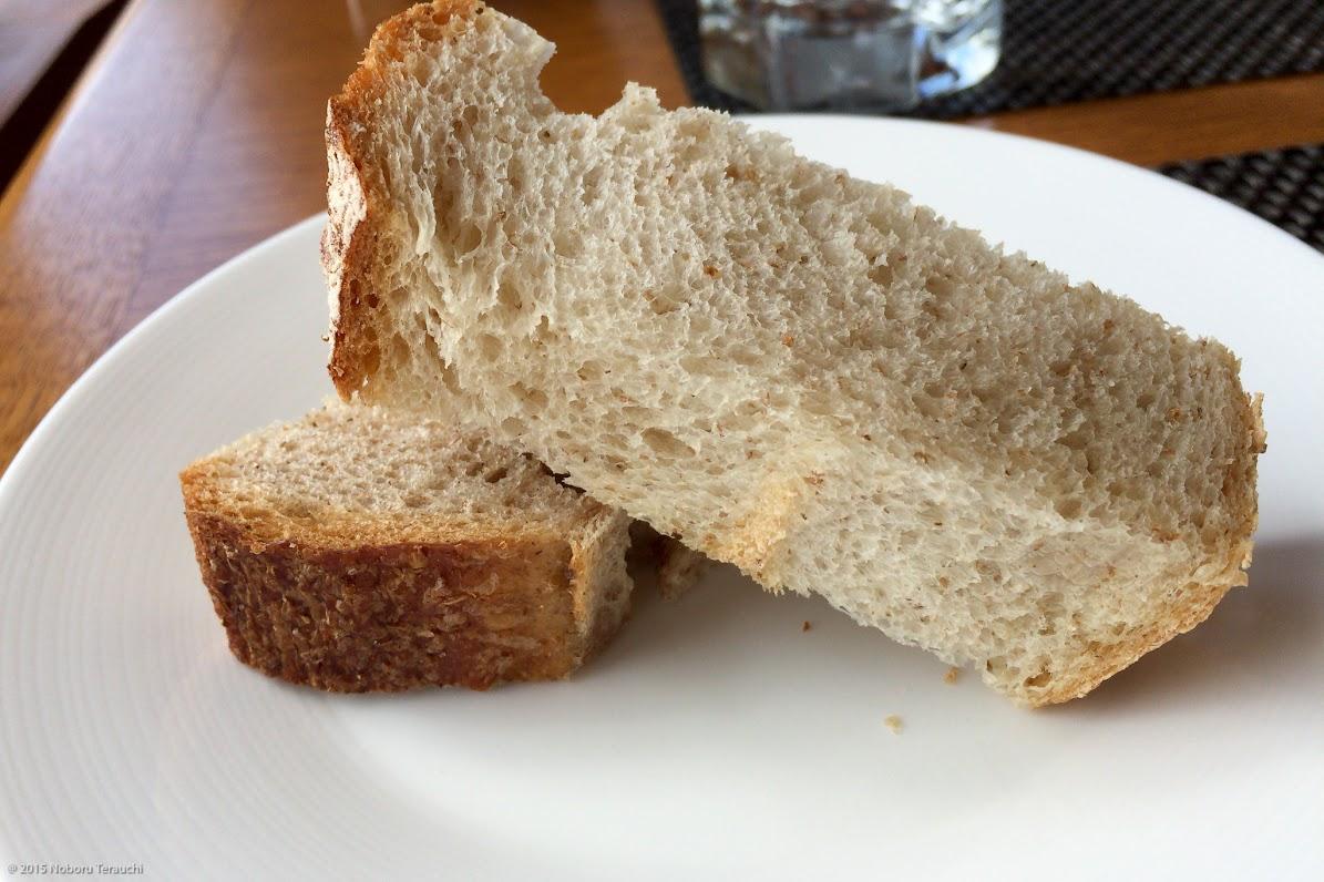 全粒粉とライ麦ブレッド