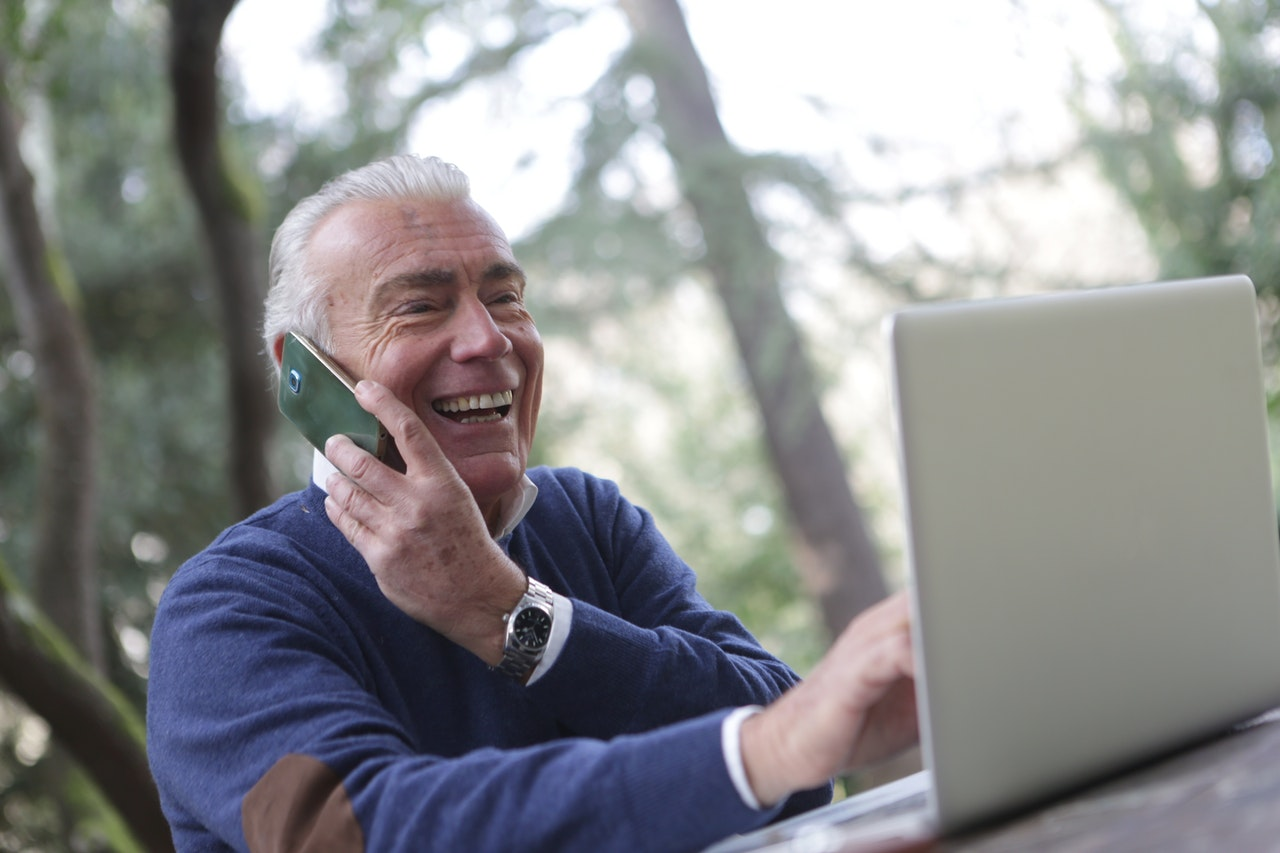 Online Self-Scheduling for Your Dental Office