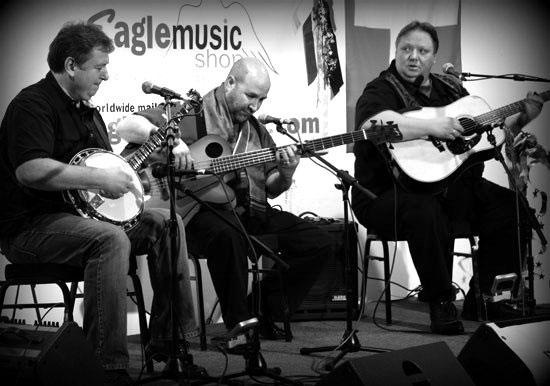 Kruger Brothers on Stage workshop Banjo 12 at Eagle Music