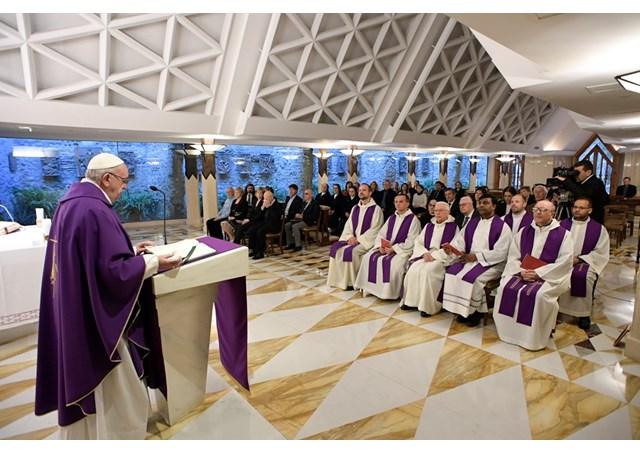 Đức Thánh Cha Phanxico: Suy tư về sự trung tín của Thiên Chúa