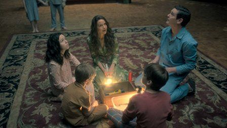 Haunting of Hill House Season 1 Episode 6 Two Storms