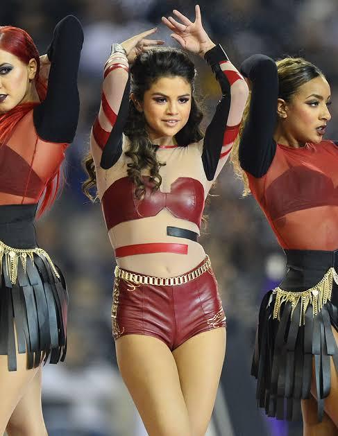 Selena Gomez Camel Toe
