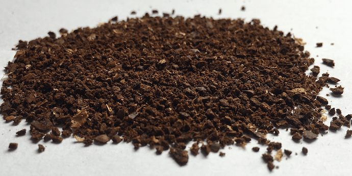 coarse grounds coming from the best coffee grinder