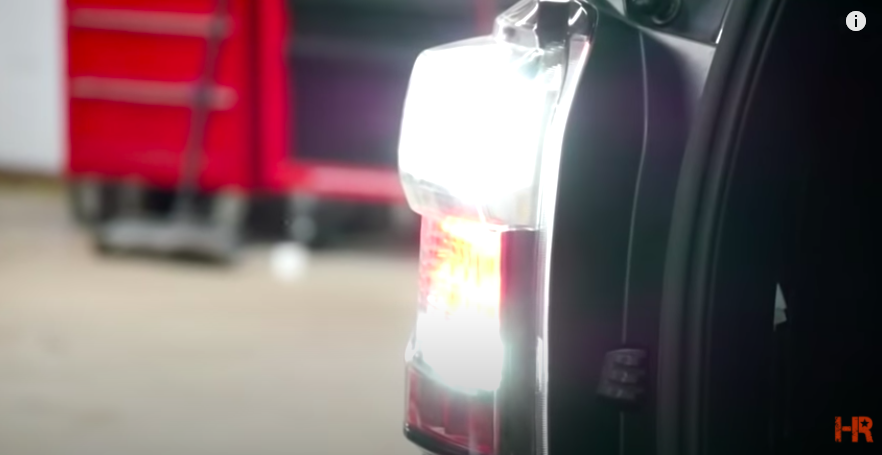 LED Reverse Bulb: Best Reverse Lights for Trailers and Outdoors