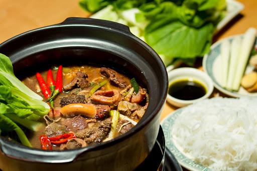 Thắng cố là món ăn đặc sản của đồng bào dân tộc H'Mông