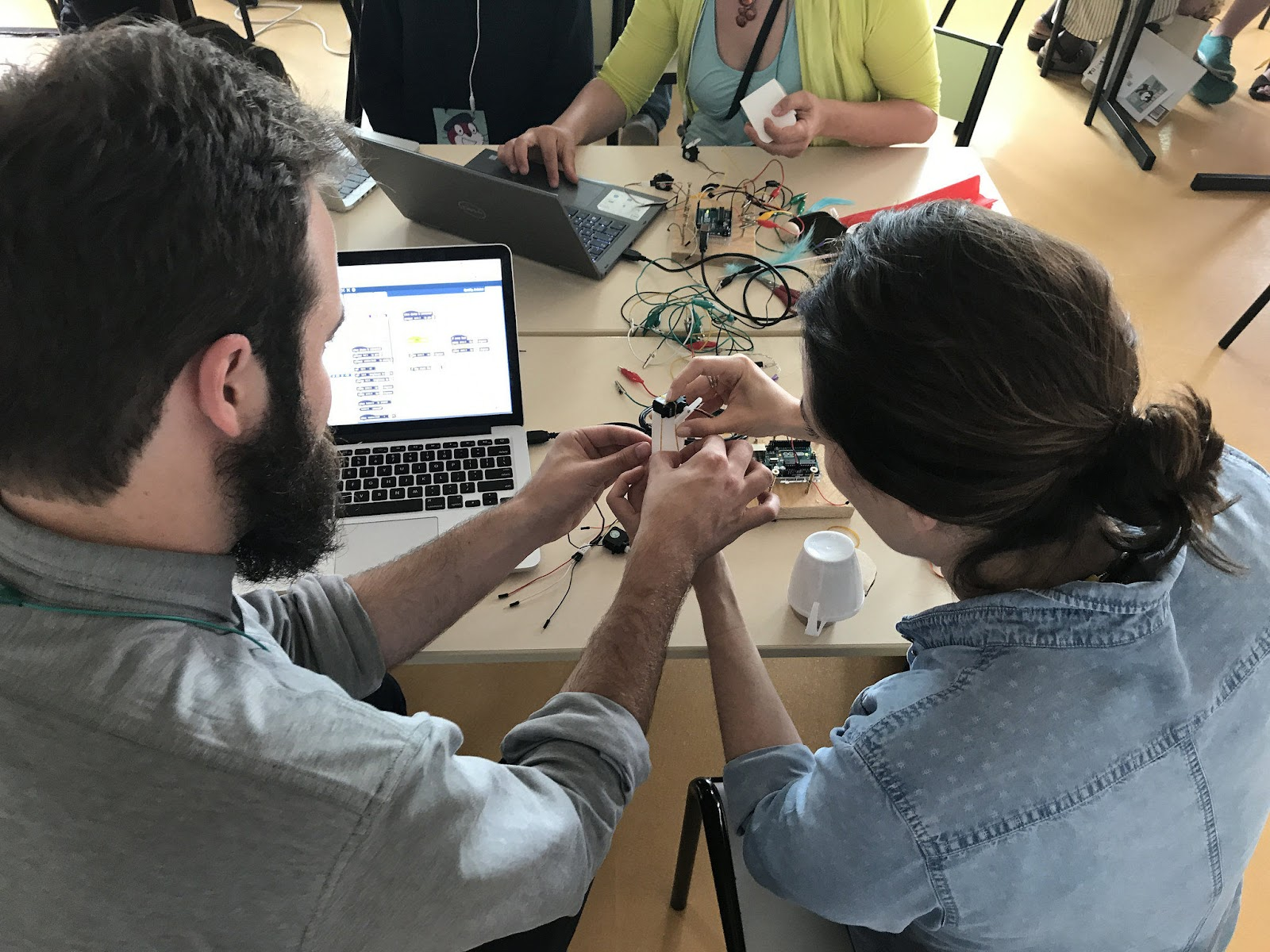 educators tinker with electronics