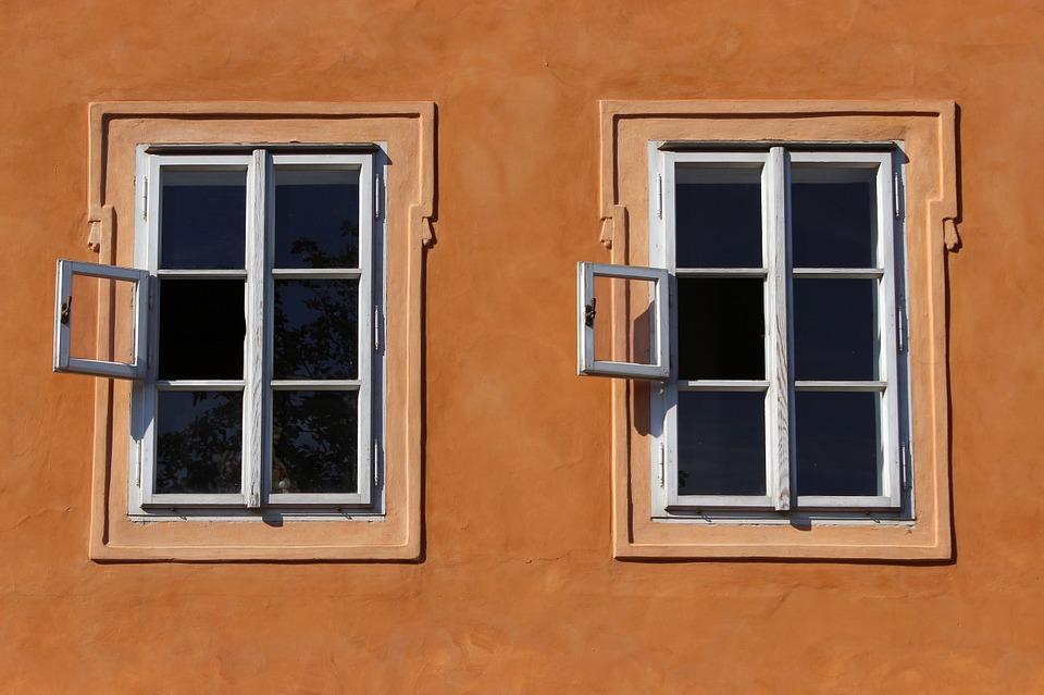 window-941625_960_720.jpg