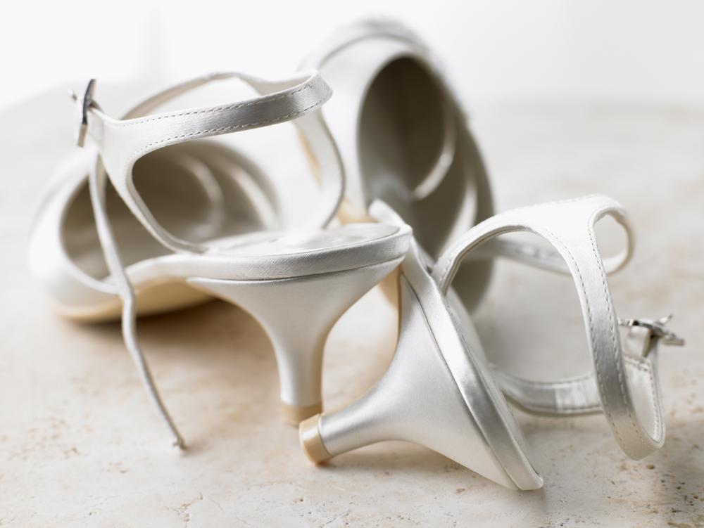 Sapatos femininos que irão bombar no verão 2020. Salto gatinho. Por Alessandra Faria