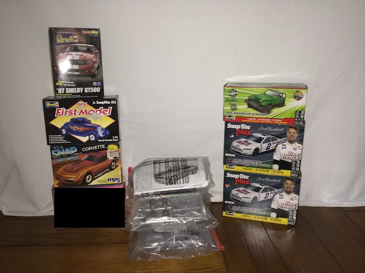 1/32nd Scale: Shelby GT500  ;  Ford Street Rod ; Corvette                  1/24th Scale:  Camaro Concept Car (5 Available)               1/24th Scale: Jeep Wrangler  ;  Ford Fusion Race Car  ;  Ford Fusion Race Car