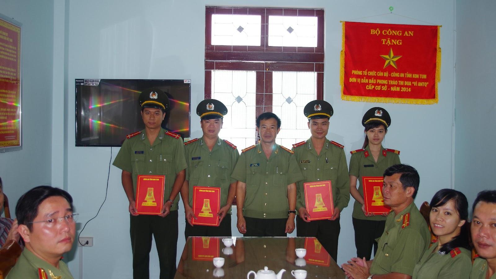 Phòng Tổ chức cán bộ: Công bố Quyết định bổ nhiệm lãnh đạo chỉ huy cấp đội