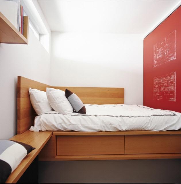 Кровать подиум для малогабаритного помещения