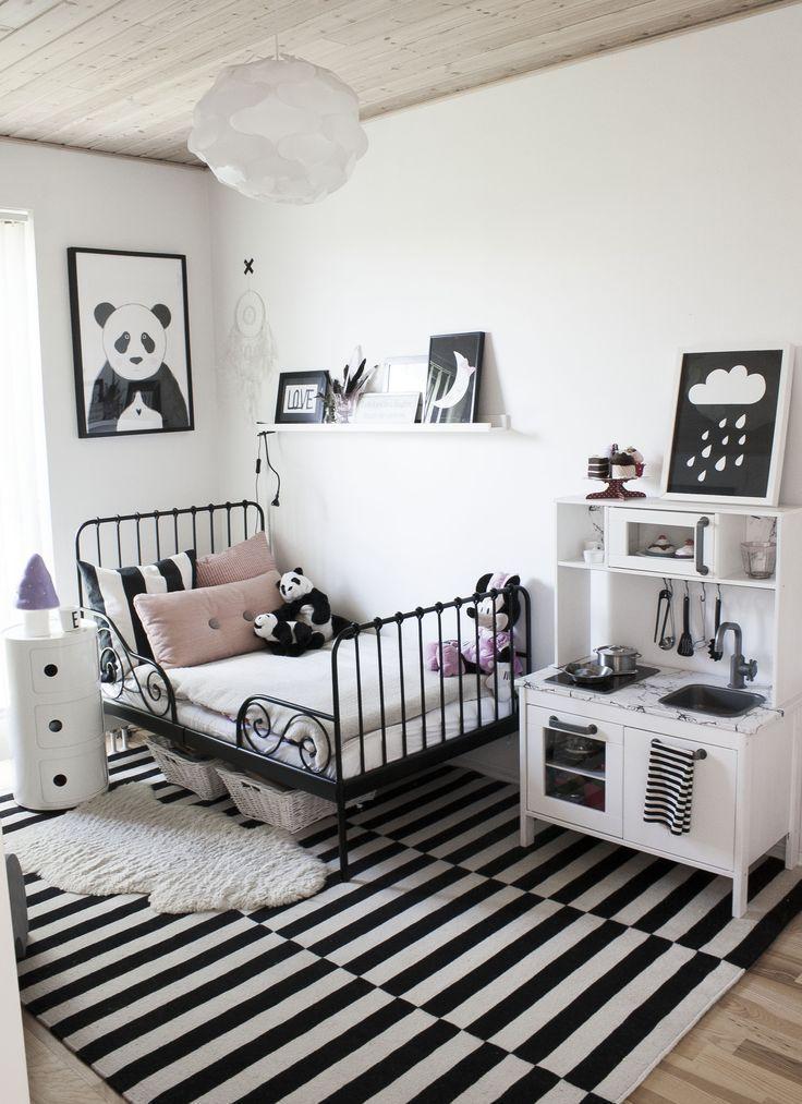 Modern Black and White Design