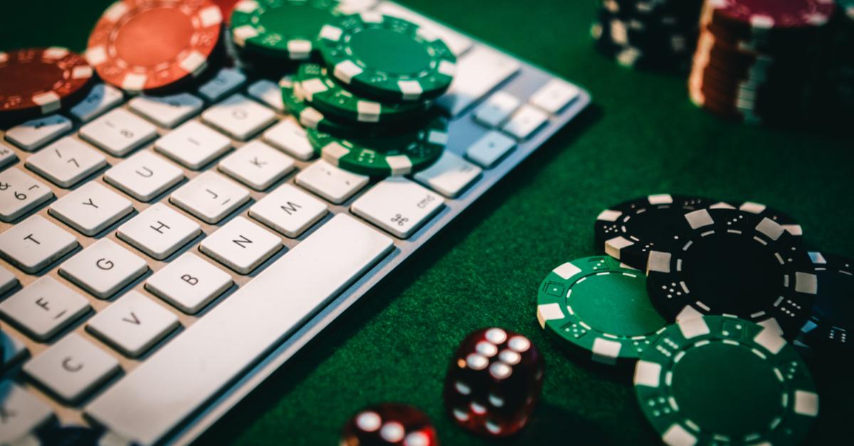 Tham gia Poker trực tuyến cần phải đăng ký tài khoản và nạp tiền