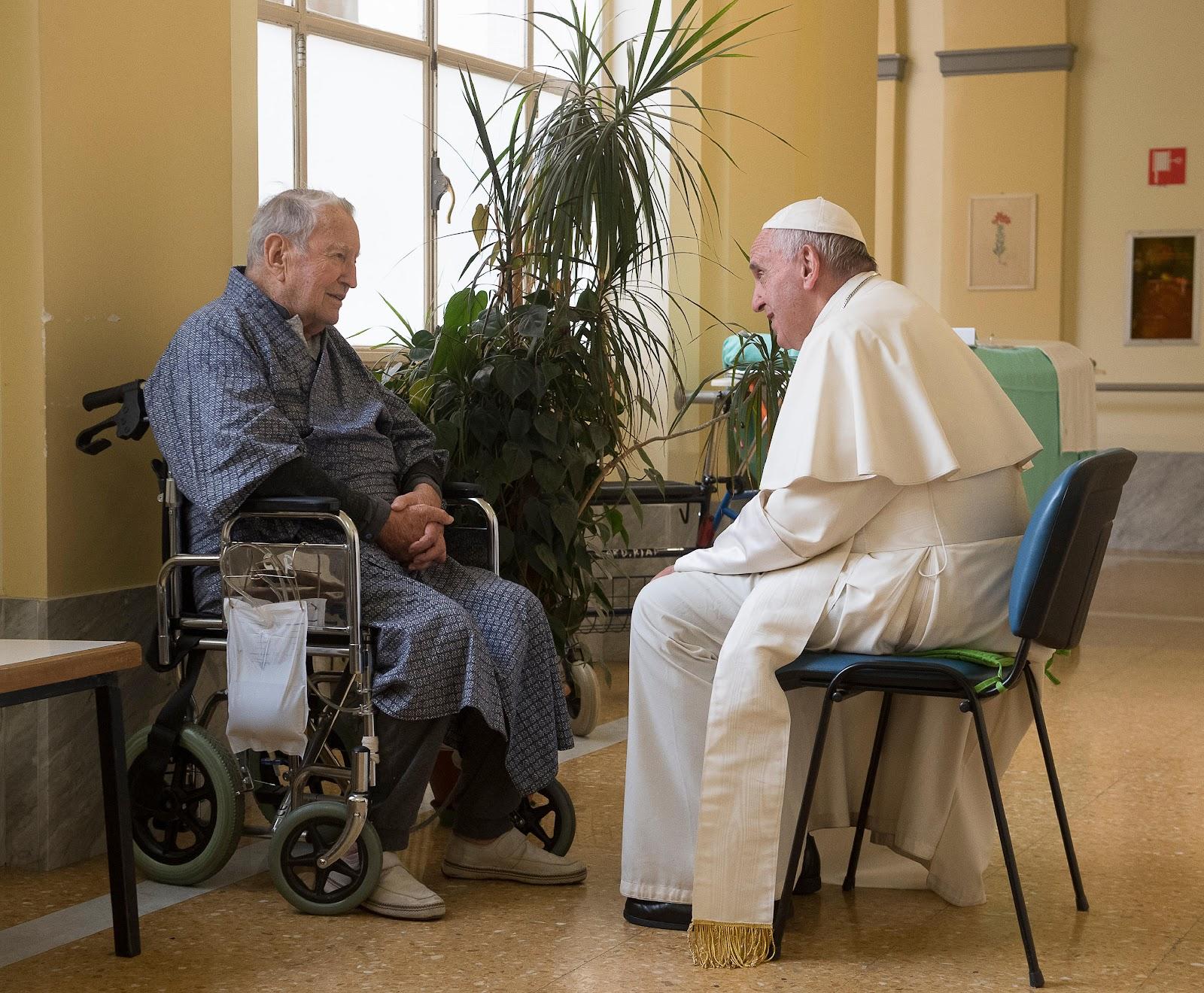 Diễn từ của Đức Thánh Cha trước Liên đoàn các Thành viên Bác sĩ và Bác sĩ Nha khoa Quốc gia