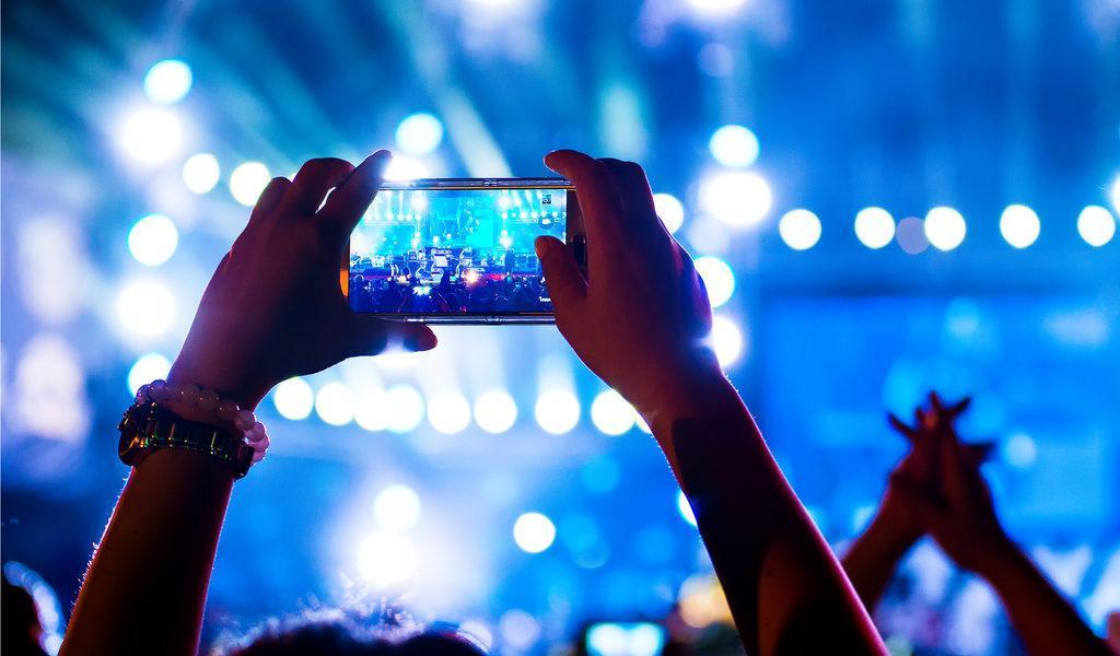 C:\Users\user\Desktop\best-facebook-live-video-content-1024x600.jpg