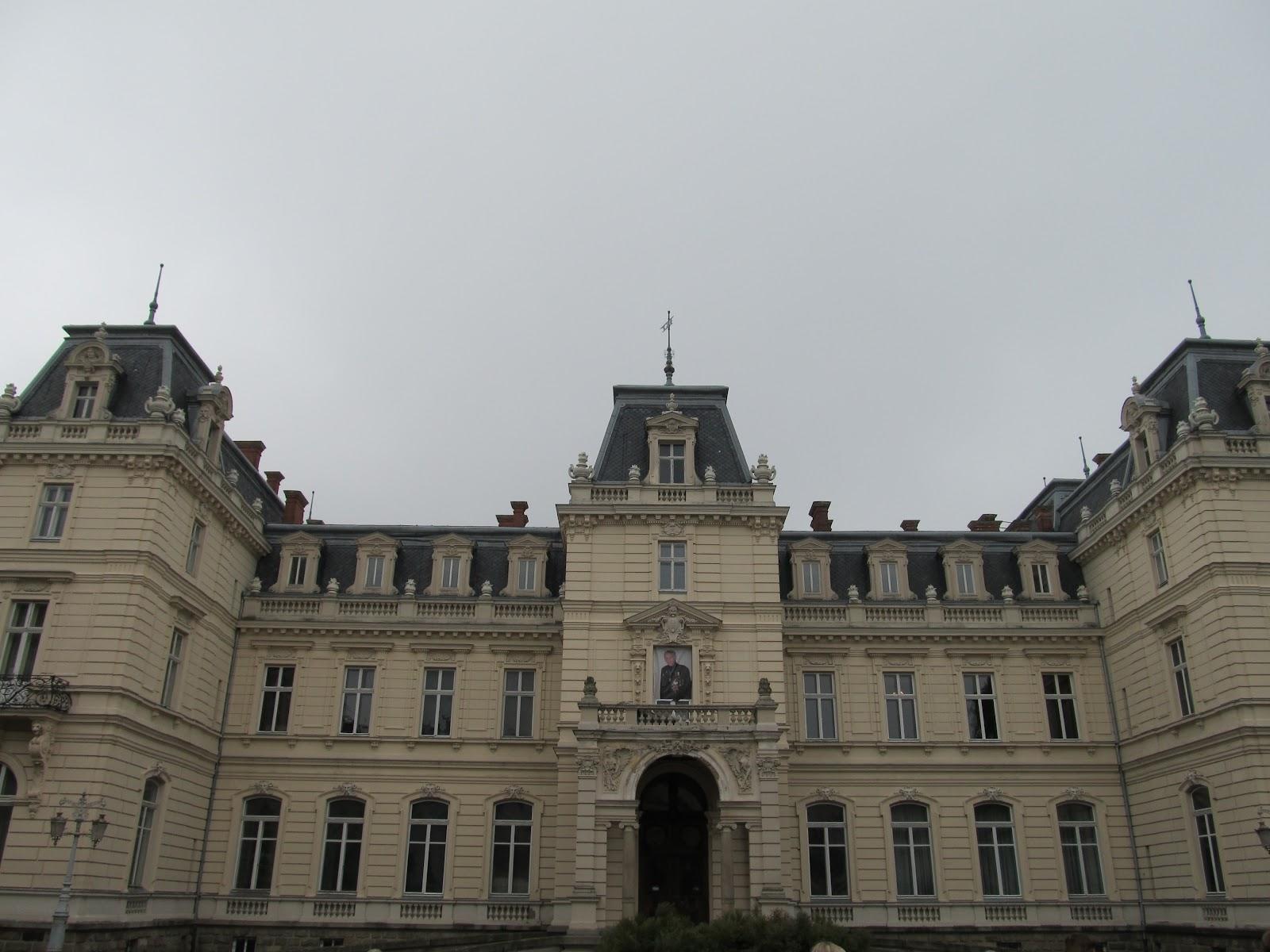 Палац Потоцьких - архітектурна пам'ятка у Львові