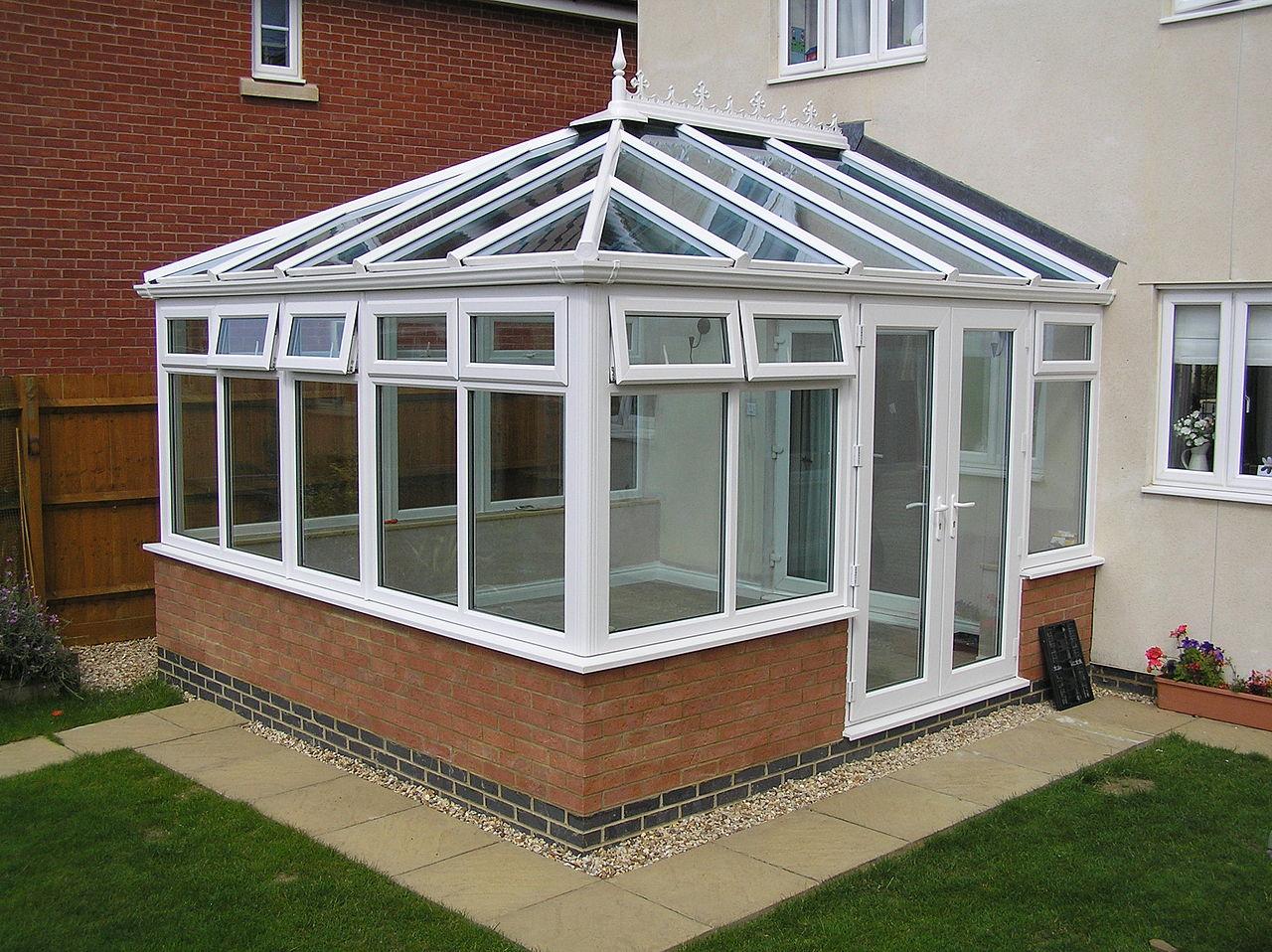 1280px-Edwardian_conservatory.jpg