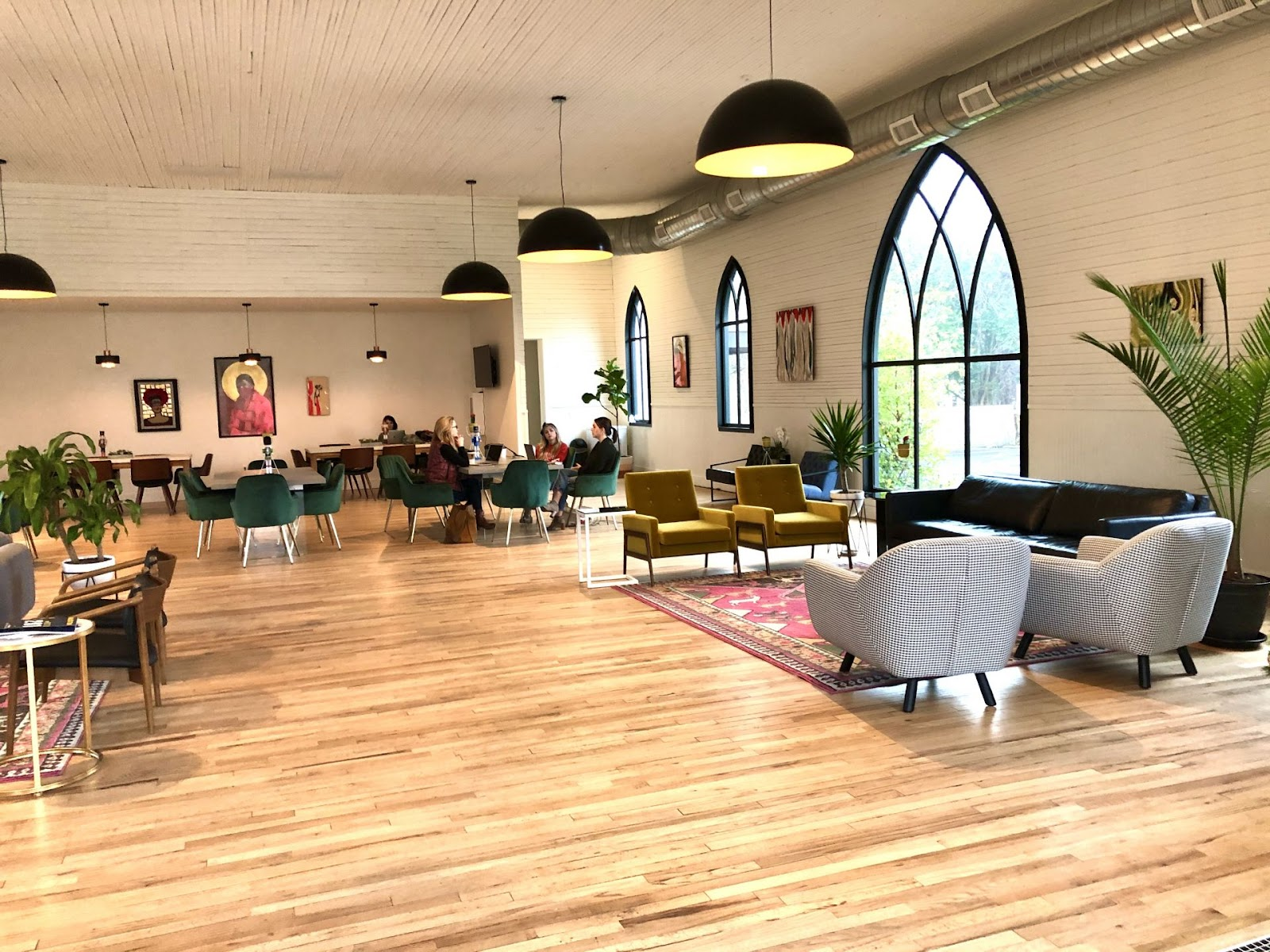 Coworking Space Austin: 15 Best Spaces with Pricing, Amenities & Location [2021] 41