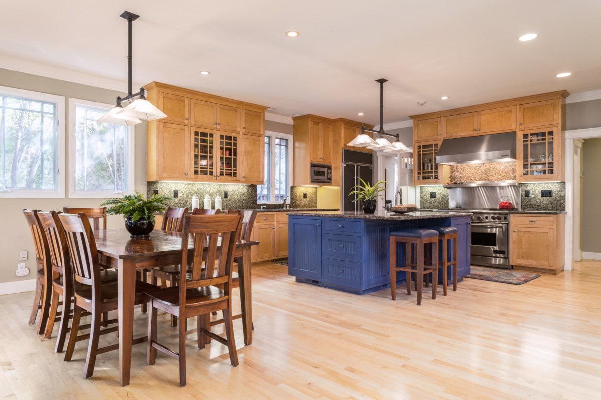 https://www.redfin.com/blog/wp-content/uploads/2020/06/kitchen-709-College-Avenue-Menlo-Park-CA.jpg