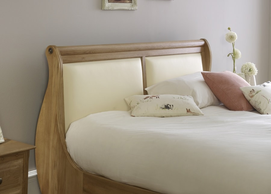 Cream, blush and bright white pulls both warm wood and cool grey together