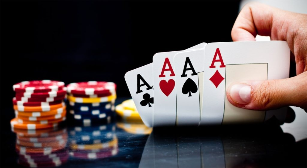 Luôn giữ vững tâm lý khi chơi game bài trực tuyến