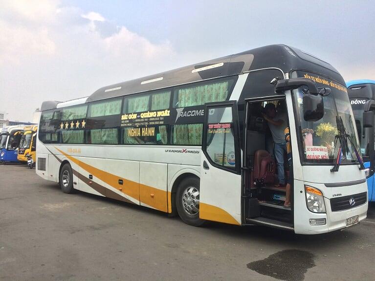 Xe Thu Thiên Trang từ Sài Gòn đi Quảng Ngãi