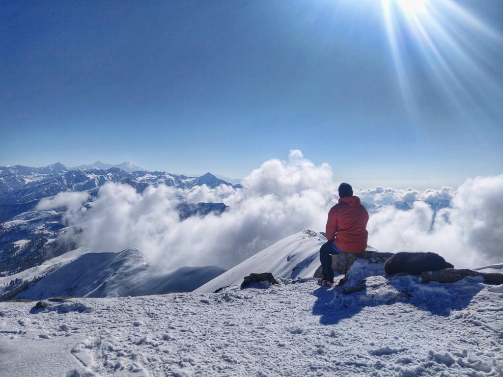 , Kedarkantha Trek: The Best Winter Trek, The Travel Bug Bite