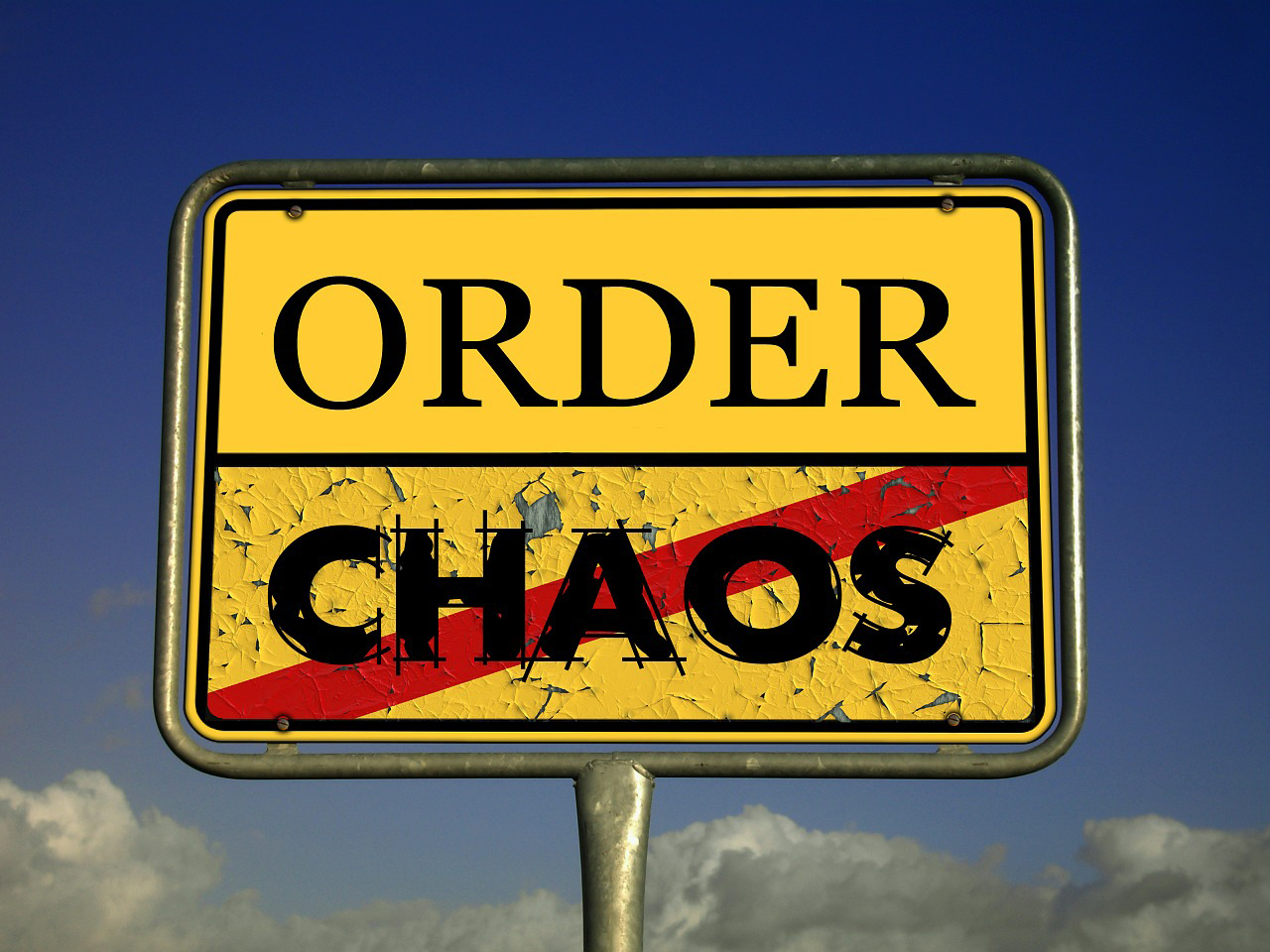chaos-485493_1280.jpg