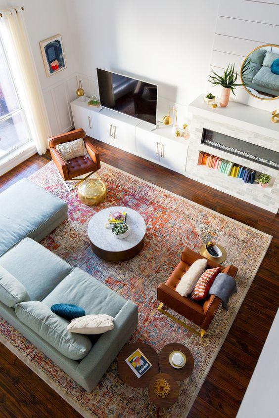 sala planejada com móveis em marcenaria