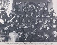 https://upload.wikimedia.org/wikipedia/sq/thumb/f/f5/MGjoka.jpg/220px-MGjoka.jpg