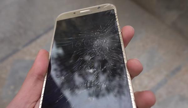 Thay màn hình Samsung Galaxy J2 Pro
