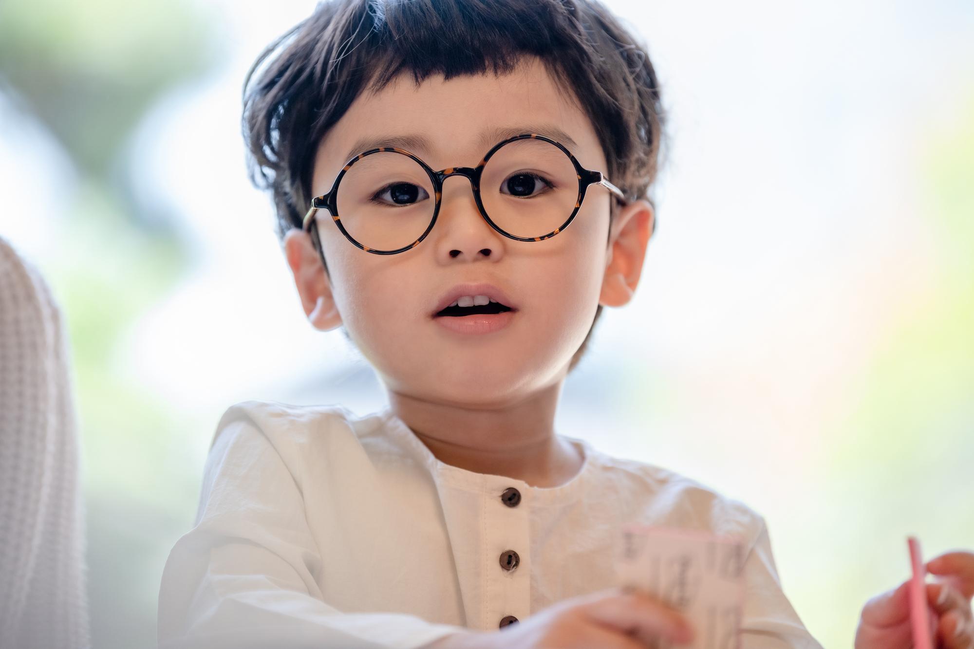 札幌でおすすめの子供用メガネ!視力を守るメガネを紹介