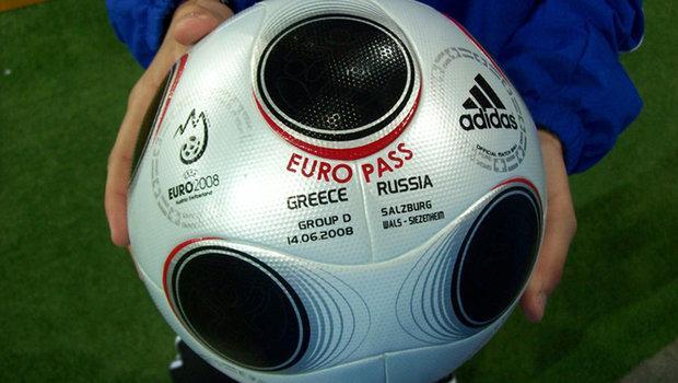Описание: Описание: http://img.tyt.by/620x620s/n/sport/0f/7/upload-europass-greece-russia-pic905-895x505-37773.jpg