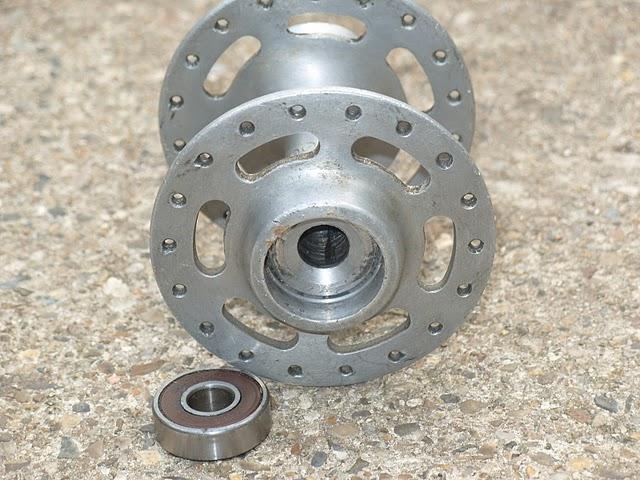 Lambert & Viscount bikes: Sealed bearing hubs