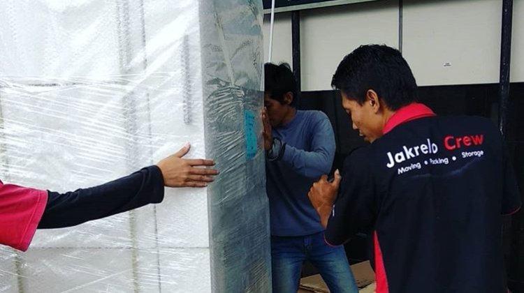 perusahaan jasa pindahan rumah Jakrelo