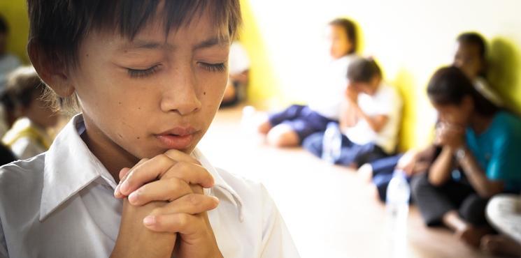 http://www.skytouchschool.com/wp-content/uploads/2015/01/spiritual_dev.jpg