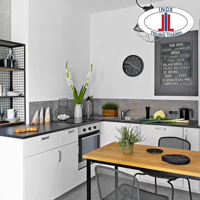 Thiết kế tủ bếp inox màu trắng