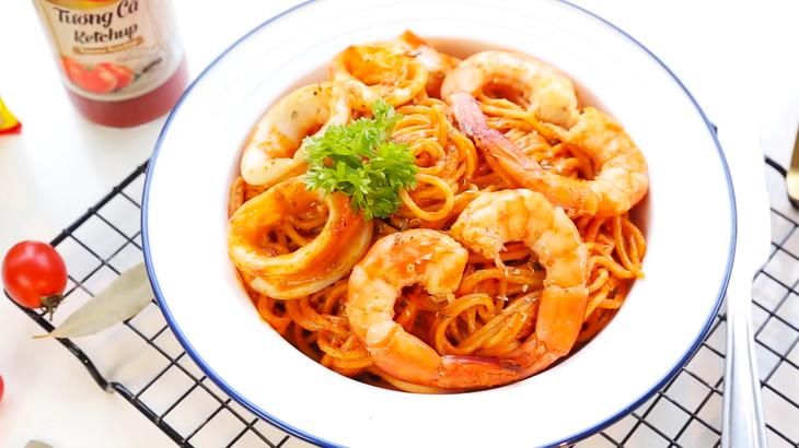 Mỳ ý xào hải sản - thực đơn mới cho doanh thu cao