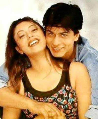 Uncommon & Unseen Photos Of Shah Rukh Khan & Gauri Khan12