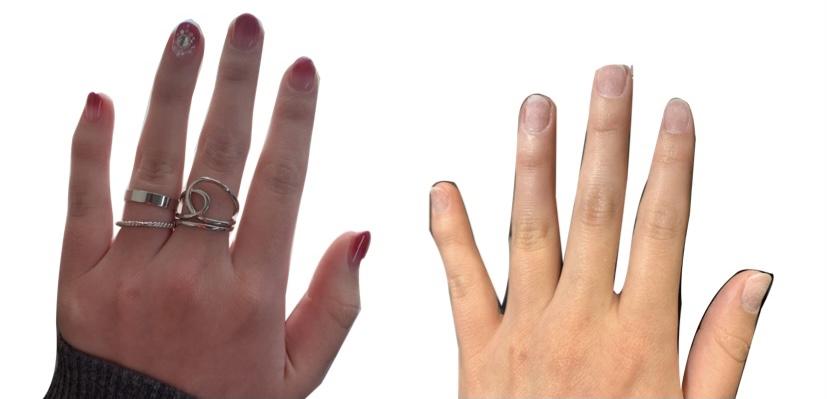 ネイルをして指輪を付けた指と何もしていない指の比較