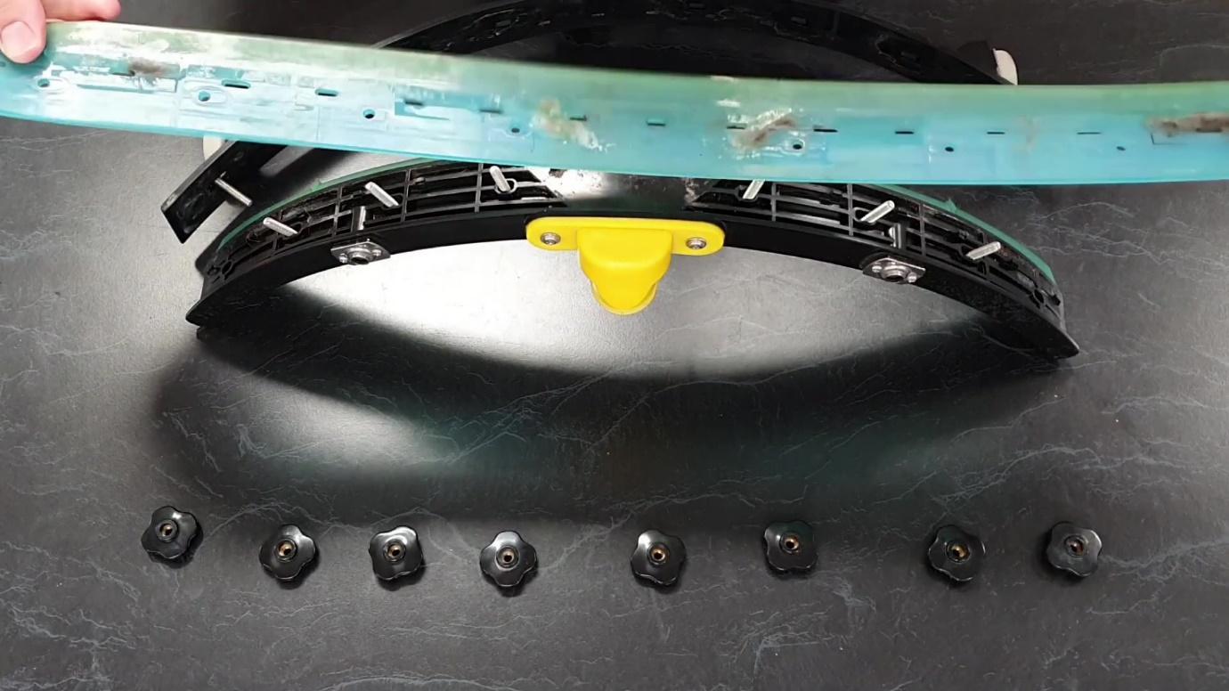 Replacing an i-mop floor scrubber squeegee rubber wwwi-teamanz.com