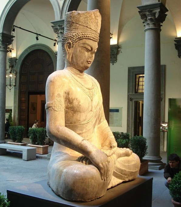 Maitreya statue, commissioned to resemble the Empress Wu Zetian