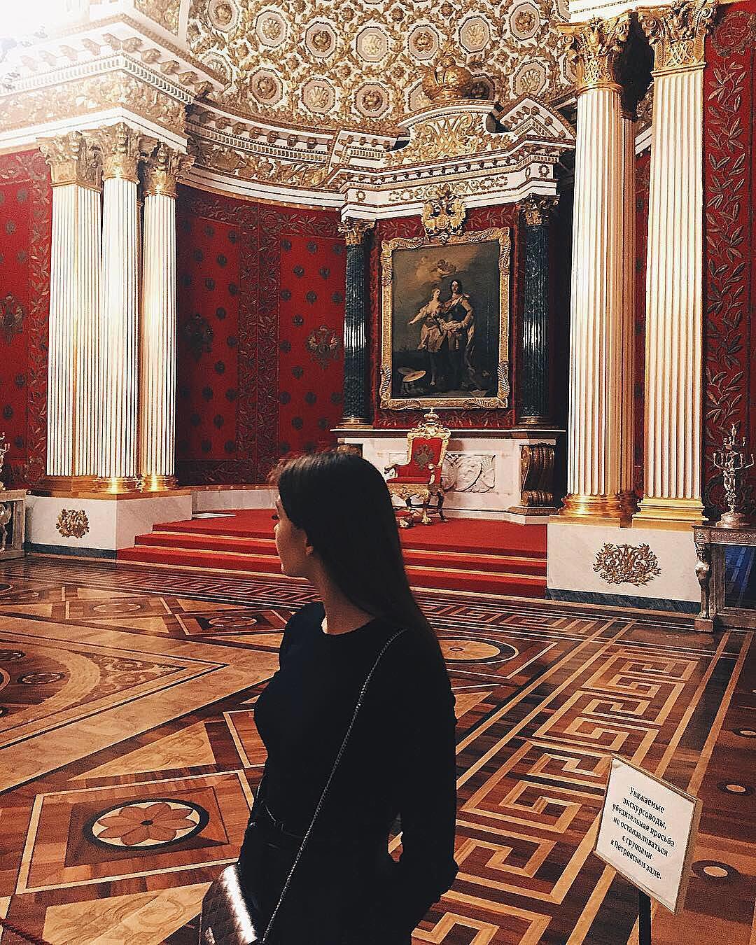 a84ffaa34e043 Петербург славится не только огромной коллекцией произведений искусства:  здесь проходила будничная и творческая жизнь Ильи Репина, Карла Брюллова,  ...