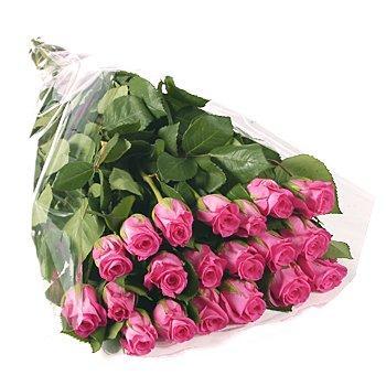 Букет из роз в пленке